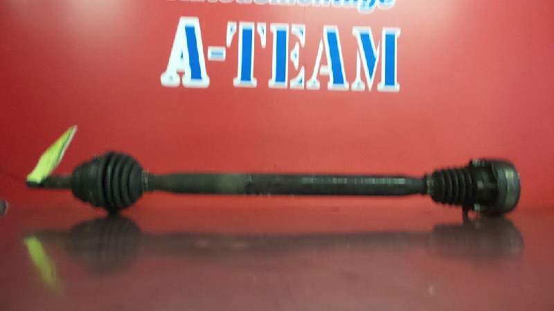Volkswagen Polo (6N2) Hatchback 1.9 SDI (AGD) DRIVE SHAFT RIGHT FRONT 2001