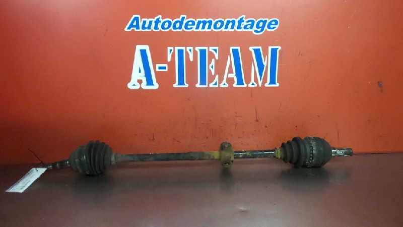 Opel Zafira (F75) MPV 2.0 DTI 16V (Y20DTH) DRIVE SHAFT RIGHT FRONT 2001
