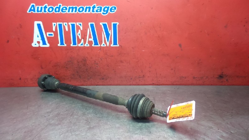 Volkswagen Polo (6N2) Hatchback 1.4 (AUD) DRIVE SHAFT RIGHT FRONT 2001