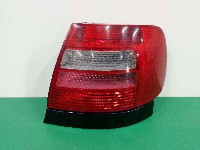 Audi A4 (8D2) Sedan 1.8 20V (ADR) REAR LIGHT RIGHT 0