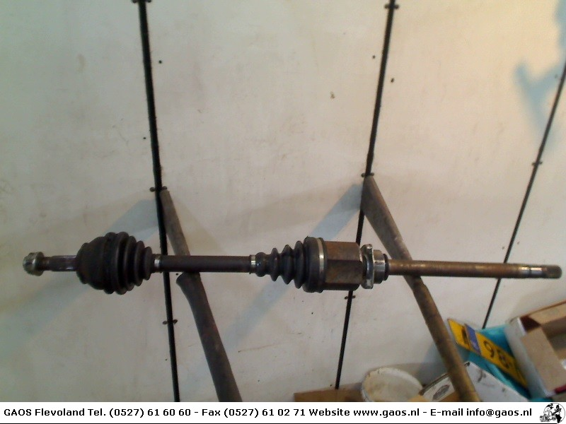 Alfa Romeo 147 (937) Hatchback 1.9 JTD 16V (192.A.5000) DRIVE SHAFT RIGHT FRONT 2003