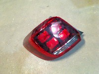 Dacia Sandero II  Hatchback 0.9 TCE 12V (H4B-412)(66kW) REAR LIGHT LEFT 2019  265554938R